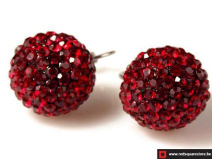 Korte oorringen strass stenen ballen rood- juwelen en sieraden ...