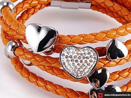 nbnnsb329 oranje leren armband met zilveren hartjes 02